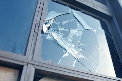 Replace broken window in San Jose, CA