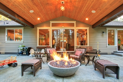 wooded-porch-with-fire-pit[